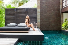 beach-pool-villa-exterior-pool-lady